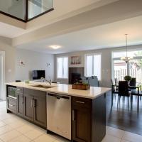 *RARE* Luxurious Modern Villa near UWO