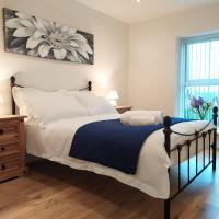 Contemporary 2 Bedroom Apartment, Swansea
