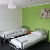 Apartment One Hostel - Bischofsmais </h2 </a <div class=sr-card__item sr-card__item--badges <div style=padding: 2px 0  <div class=bui-review-score c-score bui-review-score--smaller <div class=bui-review-score__badge aria-label=Ocena: 7,3 7,3 </div <div class=bui-review-score__content <div class=bui-review-score__title Dobar </div </div </div   </div </div <div class=sr-card__item   data-ga-track=click data-ga-category=SR Card Click data-ga-action=Hotel location data-ga-label=book_window:  day(s)  <svg alt=Lokacija objekta class=bk-icon -iconset-geo_pin sr_svg__card_icon height=12 width=12<use xlink:href=#icon-iconset-geo_pin</use</svg <div class= sr-card__item__content   Bišofsmajs • <span 350 m </span  od centra </div </div </div </div </div </li <div data-et-view=cJaQWPWNEQEDSVWe:1</div <li id=hotel_483038 data-is-in-favourites=0 data-hotel-id='483038' class=sr-card sr-card--arrow bui-card bui-u-bleed@small js-sr-card m_sr_info_icons card-halved card-halved--active   <div data-href=/hotel/de/schaeffler.sr.html onclick=window.open(this.getAttribute('data-href')); target=_blank class=sr-card__row bui-card__content data-et-click=  <div class=sr-card__image js-sr_simple_card_hotel_image has-debolded-deal js-lazy-image sr-card__image--lazy data-src=https://q-cf.bstatic.com/xdata/images/hotel/square200/105261344.jpg?k=4ade072f360a412ef48f626bb5715eabdc4d10005a32e64d739a77f54f94d62f&o=&s=1,https://q-cf.bstatic.com/xdata/images/hotel/max1024x768/105261344.jpg?k=b8e6baf90b4f3a941a76bdd545adcba3cd22c1bd1a8254142111c23042ba67a0&o=&s=1  <div class=sr-card__image-inner css-loading-hidden </div <noscript <div class=sr-card__image--nojs style=background-image: url('https://q-cf.bstatic.com/xdata/images/hotel/square200/105261344.jpg?k=4ade072f360a412ef48f626bb5715eabdc4d10005a32e64d739a77f54f94d62f&o=&s=1')</div </noscript </div <div class=sr-card__details data-et-click=     data-et-view=  <div class=sr-card_details__inner <a href=/hotel/de/schaeffler.sr.html onclick=event.stopPropagation(); target=_blank <h2 class=sr-card__name u-margin:0 u-padding:0 data-ga-track=click data-ga-category=SR Card Click data-ga-action=Hotel name data-ga-label=book_window:  day(s)  Hotel Schäfflerhof </h2 </a <div class=sr-card__item sr-card__item--badges <div style=padding: 2px 0  <div class=bui-review-score c-score bui-review-score--smaller <div class=bui-review-score__badge aria-label=Ocena: 9,2 9,2 </div <div class=bui-review-score__content <div class=bui-review-score__title Izvanredan </div </div </div   </div </div <div class=sr-card__item   data-ga-track=click data-ga-category=SR Card Click data-ga-action=Hotel location data-ga-label=book_window:  day(s)  <svg alt=Lokacija objekta class=bk-icon -iconset-geo_pin sr_svg__card_icon height=12 width=12<use xlink:href=#icon-iconset-geo_pin</use</svg <div class= sr-card__item__content   Bišofsmajs • <span 4,3 km </span  od centra </div </div </div </div </div </li <div data-et-view=cJaQWPWNEQEDSVWe:1</div <li id=hotel_3938166 data-is-in-favourites=0 data-hotel-id='3938166' class=sr-card sr-card--arrow bui-card bui-u-bleed@small js-sr-card m_sr_info_icons card-halved card-halved--active   <div data-href=/hotel/de/ferienwohnung-waldhutte.sr.html onclick=window.open(this.getAttribute('data-href')); target=_blank class=sr-card__row bui-card__content data-et-click=  <div class=sr-card__image js-sr_simple_card_hotel_image has-debolded-deal js-lazy-image sr-card__image--lazy data-src=https://r-cf.bstatic.com/xdata/images/hotel/square200/157374867.jpg?k=af687832a8628373ce7a5eb3e4e3f81251aaecf717ce3e7c15cbe78f214bd7f3&o=&s=1,https://r-cf.bstatic.com/xdata/images/hotel/max1024x768/157374867.jpg?k=9482baba2a6e81fb527de700acfacb0398f260ae19a2d0d52867ad530b13f783&o=&s=1  <div class=sr-card__image-inner css-loading-hidden </div <noscript <div class=sr-card__image--nojs style=background-image: url('https://r-cf.bstatic.com/xdata/images/hotel/square200/157374867.jpg?k=af687832a8628373ce7a5eb3e4e3f81251aaecf717ce3e7c15cbe78f214bd7f3&o=&s=1')</div </noscript </div <div class=sr-card__details data-et-click=     data-et-view=  <div class=sr-card_details__inner <a href=/hotel/de/ferienwohnung-waldhutte.sr.html onclick=event.stopPropagation(); target=_blank <h2 class=sr-card__name u-margin:0 u-padding:0 data-ga-track=click data-ga-category=SR Card Click data-ga-action=Hotel name data-ga-label=book_window:  day(s)  Ferienwohnung Waldhütte </h2 </a <div class=sr-card__item sr-card__item--badges <div class= sr-card__badge sr-card__badge--class u-margin:0  data-ga-track=click data-ga-category=SR Card Click data-ga-action=Hotel rating data-ga-label=book_window:  day(s)  <span class=bh-quality-bars bh-quality-bars--small   <svg class=bk-icon -iconset-square_rating color=#FEBB02 fill=#FEBB02 height=12 width=12<use xlink:href=#icon-iconset-square_rating</use</svg<svg class=bk-icon -iconset-square_rating color=#FEBB02 fill=#FEBB02 height=12 width=12<use xlink:href=#icon-iconset-square_rating</use</svg<svg class=bk-icon -iconset-square_rating color=#FEBB02 fill=#FEBB02 height=12 width=12<use xlink:href=#icon-iconset-square_rating</use</svg </span </div   <div style=padding: 2px 0  <div class=bui-review-score c-score bui-review-score--smaller <div class=bui-review-score__badge aria-label=Ocena: 9,5 9,5 </div <div class=bui-review-score__content <div class=bui-review-score__title Izuzetan </div </div </div   </div </div <div class=sr-card__item   data-ga-track=click data-ga-category=SR Card Click data-ga-action=Hotel location data-ga-label=book_window:  day(s)  <svg alt=Lokacija objekta class=bk-icon -iconset-geo_pin sr_svg__card_icon height=12 width=12<use xlink:href=#icon-iconset-geo_pin</use</svg <div class= sr-card__item__content   Bišofsmajs • <span 4,2 km </span  od centra </div </div </div </div </div </li <li class=bui-card bui-u-bleed@small bh-quality-sr-explanation-card <div class=bh-quality-sr-explanation <span class=bh-quality-bars bh-quality-bars--small   <svg class=bk-icon -iconset-square_rating color=#FEBB02 fill=#FEBB02 height=12 width=12<use xlink:href=#icon-iconset-square_rating</use</svg<svg class=bk-icon -iconset-square_rating color=#FEBB02 fill=#FEBB02 height=12 width=12<use xlink:href=#icon-iconset-square_rating</use</svg<svg class=bk-icon -iconset-square_rating color=#FEBB02 fill=#FEBB02 height=12 width=12<use xlink:href=#icon-iconset-square_rating</use</svg </span Novi način na koji Booking.com meri kvalitet smeštaja poput kuća i apartmana. <button type=button class=bui-link bui-link--primary aria-label=Open Modal data-modal-id=bh_quality_learn_more data-bui-component=Modal <span class=bui-button__textSaznajte više</span </button </div <template id=bh_quality_learn_more <header class=bui-modal__header <h1 class=bui-modal__title id=myModal-title data-bui-ref=modal-title Ocene kvaliteta </h1 </header <div class=bui-modal__body bui-modal__body--primary bh-quality-modal <h3 class=bh-quality-modal__heading <span class=bh-quality-bars bh-quality-bars--small   <svg class=bk-icon -iconset-square_rating color=#FEBB02 fill=#FEBB02 height=12 width=12<use xlink:href=#icon-iconset-square_rating</use</svg<svg class=bk-icon -iconset-square_rating color=#FEBB02 fill=#FEBB02 height=12 width=12<use xlink:href=#icon-iconset-square_rating</use</svg<svg class=bk-icon -iconset-square_rating color=#FEBB02 fill=#FEBB02 height=12 width=12<use xlink:href=#icon-iconset-square_rating</use</svg<svg class=bk-icon -iconset-square_rating color=#FEBB02 fill=#FEBB02 height=12 width=12<use xlink:href=#icon-iconset-square_rating</use</svg<svg class=bk-icon -iconset-square_rating color=#FEBB02 fill=#FEBB02 height=12 width=12<use xlink:href=#icon-iconset-square_rating</use</svg </span