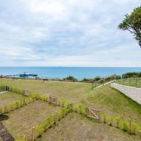Shoreside, Royal Cliff