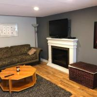 The Goulds Lovely 1BR Retreat House W/Fireplace