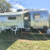Glamping Vintage Retro Airstream