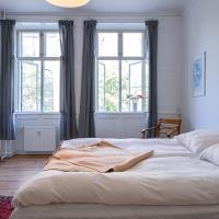 Bright Spacious Apartment in Cristianshavn