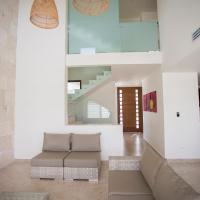 Ocean view 4 bedroom house