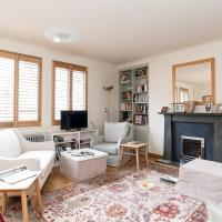 Trendy 3BR Flat in Notting Hill