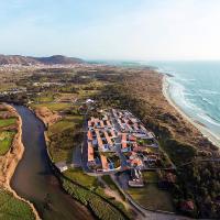 4 bedroom Luxury Villa - riverside & beachside