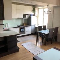 Apartment walking distance to the city
