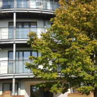 Sterling Modern Apartment, Greenhithe with Netflix Entertainment