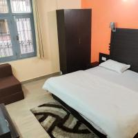 StayApart Hotel Uday Palace