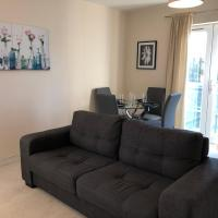Ebbsfleet/Bluewater River View Apartment