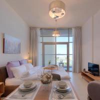 Dubai Royal Med spacious home