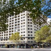 Surry Hills Fully Self Contained Modern 1 Bed Apartment (1012ELZ)