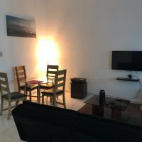 Furnished Studio Apartment- Wifi-Smart TV-Kitchen-Parking