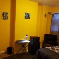 Cozy room mins from Johns Hopkins, Downtown, Fells Point