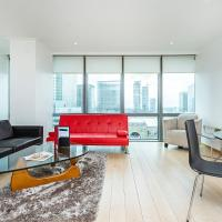 Stylish Apartment with Panoramic Docklands Views