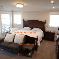 Quiet, Clean, Large King-Size Bedroom