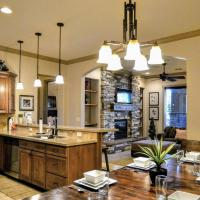 Luxurious Oasis at Coral Spring Resort – 2 Bedroom 2 Bath Full Kitchen Jacuzzi – St George Zion