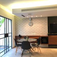 A luxury 3BR Duplex In Neve Tzedek + a big balcony