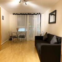 2 bed London apartment in Riverside development
