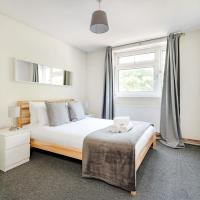 Kennedy Towers - Three Bedroom in Putney