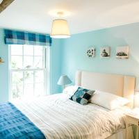 Cosy Cottage bedroom