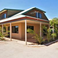 Ningaloo Breeze Villa 9 - 3 Bedroom Fully Self-Contained Holiday Accommodation