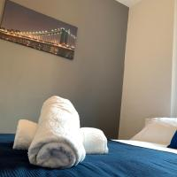 Luxurious Couples Getaway In Newcastle Close To Everything Minutes Walk From The Rvi, City Centre & Parks