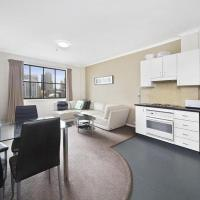 Darling Harbour City View Apartment
