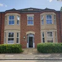 Beautiful & Modern 1 Bed Apartment in Slough Central, Near to station.