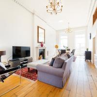 Elegant Period Clifton Balcony Apt - Simply Check In