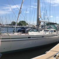 Lyra ocean sailing yacht unforgettable trip or stay only </h2 </a <div data-et-view=NAREFGCQABaOSJIaPdMYTQDZBaDMWPHDDWe:4</div <div class=sr-card__item sr-card__item--badges <div class=sr-card__item__review-score style=padding: 8px 0  <div class=bui-review-score c-score bui-review-score--inline bui-review-score--smaller <div class=bui-review-score__badge aria-label=Score 9,1 9,1 </div <div class=bui-review-score__content <div class=bui-review-score__title Fantastisch </div </div </div   </div </div <div class=sr-card__item   data-ga-track=click data-ga-category=SR Card Click data-ga-action=Hotel location data-ga-label=book_window:  day(s)  <svg aria-hidden=true class=bk-icon -iconset-geo_pin sr_svg__card_icon focusable=false height=12 role=presentation width=12<use xlink:href=#icon-iconset-geo_pin</use</svg <div class= sr-card__item__content   Hoorn • <span 1,5 km </span  van het centrum </div </div <div data-et-view= OLBdJbGNNMMfPESHbfALbLEHFO:1  OLBdJbGNNMMfPESHbfALbLEHFO:2  </div </div </div </div </li <li id=hotel_10876 data-is-in-favourites=0 data-hotel-id='10876' class=sr-card sr-card--arrow bui-card bui-u-bleed@small js-sr-card m_sr_info_icons card-halved card-halved--active   <div data-href=/hotel/nl/demagneet.nl.html onclick=window.open(this.getAttribute('data-href')); target=_blank class=sr-card__row bui-card__content data-et-click= data-et-view=  <div class=sr-card__image js-sr_simple_card_hotel_image has-debolded-deal js-lazy-image sr-card__image--lazy data-src=https://q-cf.bstatic.com/xdata/images/hotel/square200/180303223.jpg?k=59772a32b1f3fff4db3172148b849b42db0fd1b3277ee5a68d2653b868ec236c&o=&s=1,https://q-cf.bstatic.com/xdata/images/hotel/max1024x768/180303223.jpg?k=14607f8dd400eec390165e03c2ee302abc3019759715000785e4722cb22b3b03&o=&s=1  <div class=sr-card__image-inner css-loading-hidden </div <noscript <div class=sr-card__image--nojs style=background-image: url('https://q-cf.bstatic.com/xdata/images/hotel/square200/180303223.jpg?k=59772a32b1f3fff4d