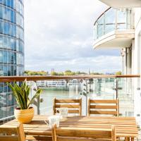 River View New build with balcony, 10 min to Oxford Circus