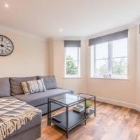 Station Lodge - FREE PARKING - 2 DOUBLE BEDROOMS
