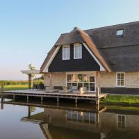 Luxurious wellness villa with sauna, located by the Tjeukemeer