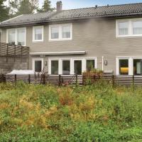 Amazing home in Grimstad w/ 4 Bedrooms