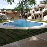 Flor de Limon - New 2 bed/1bath Condo just meters from the beach