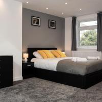 PM & Charles Luxury Residence - 5 Beds En-suite - North London