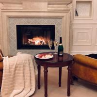Luxury Gold Apartment