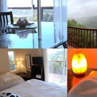 Riveting 8BD Hilltop Retreat with Hot Tub and Sauna