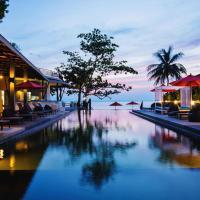 Sunset Beach Club Hotel