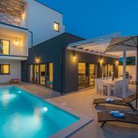 Villa LUNA holiday home