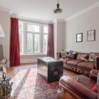 Well-Decorated 2 Bedroom Garden Flat in Balham
