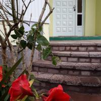 Apartamento funcional, com ar condicionado, vistas para as serras pertinho de Gramado.