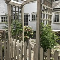 Courtyard Cottages Lymington