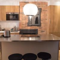 HostnFly apartments - Go stay on the banks of the Canal Saint-Martin
