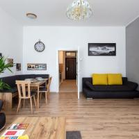 Sunny renovated Apartment close to downtown
