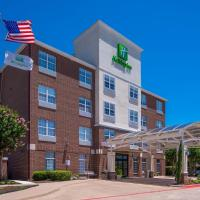 Holiday Inn and Suites Addison