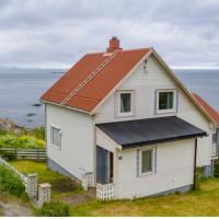 House by the sea Reine, Lofoten
