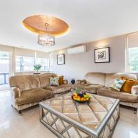 Quadrangle - Premium Modern 3 Bedroom Apartment, walk to Hyde Park