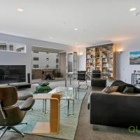 QV Downtown Executive Penthouse with Parking (782)